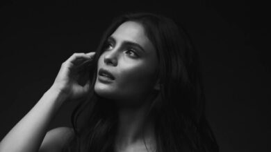 Photo of Lovi Poe – Under